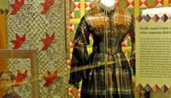 Image of Treasures from a Trunk: California Pioneers' Quilts and Textiles